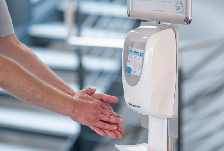 Anzeige in der Messeausgabe: PGP Hautschutz: Handdesinfektion
